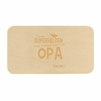 """Frühstücksbrett """"Einen Superhelden ohne Umhang nennt man Opa"""" - personalisiert"""