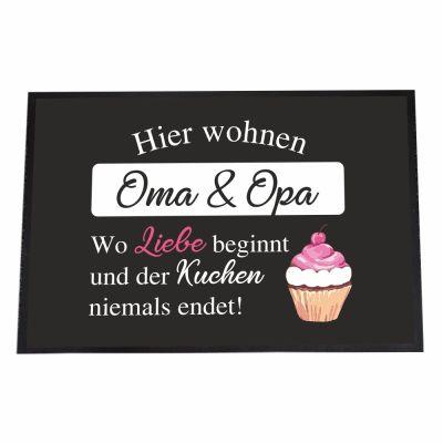 """Fußmatte """"Hier wohnen Oma & Opa - wo Liebe beginnt und der Kuchen nie endet!"""""""