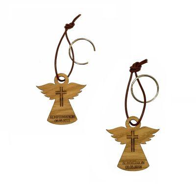 Schlüsselanhänger aus Holz zur Konfirmation/Kommunion Kreuzmotiv - personalisiert (Engel)