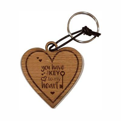 """Schlüsselanhänger aus Holz """"You have the key to my heart"""" (Herz)"""