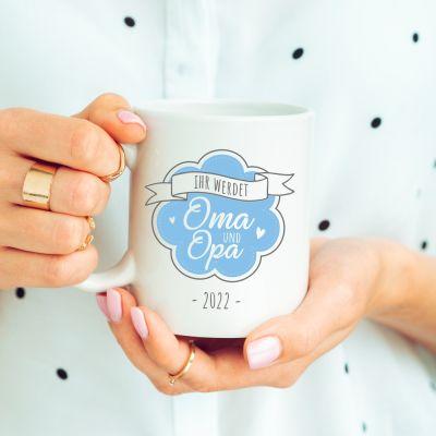 """weiße Tasse """"Ihr werdet Oma und Opa"""" Design: Logo"""